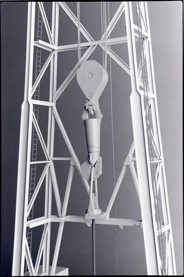 Oil Rig Model - Hook